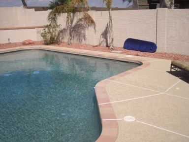 Stop the cycle of deck resurfacing with Scottsdale - Glendale pool deck pavers and enjoy a no maintenance pool deck for many decades.