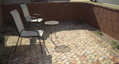 If you're looking for a a casual entry courtyard, this one might suit you perfectly. We used Mexican clay bricks for paving in this courtyard design. Scottsdale landscaping clients on a budget might find this a great option.