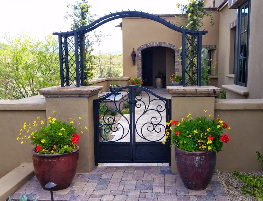 Courtyard Design Phoenix - Scottsdale: semi-private and secluded, courtyard flooring, fountains, and landscaping