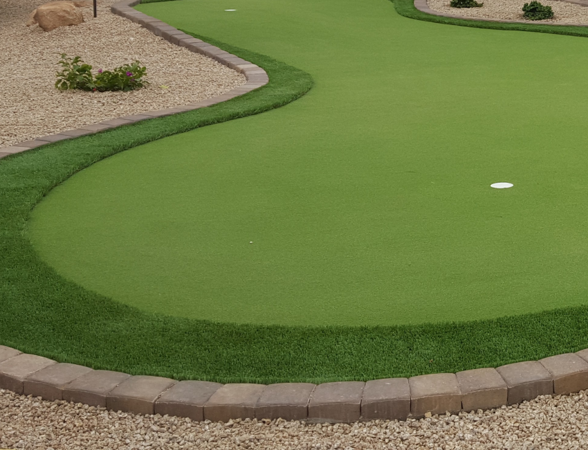 Outdoor Putting Greens: Scottsdale & Phoenix: any size or shape, quality synthetic practice green turf