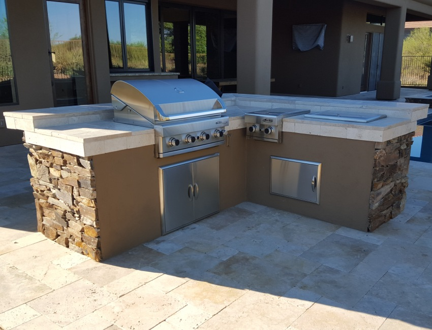 Scottsdale - Phoenix Built-In Gas Grills: stone, stucco, tile, and concrete options